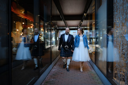 Wedding photo in Gastown, Vancouver British Columbia