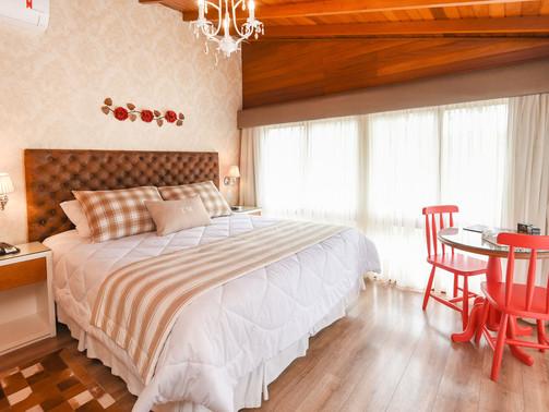 Apto Luxo Duplo - Hotel Cabanas Tio Muller - Gramado RS (9).jpg