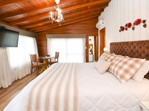 Apto Luxo Duplo - Hotel Cabanas Tio Muller - Gramado RS (1).jpg
