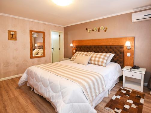 Apto Luxo Duplo - Hotel Cabanas Tio Muller - Gramado RS (8).jpg