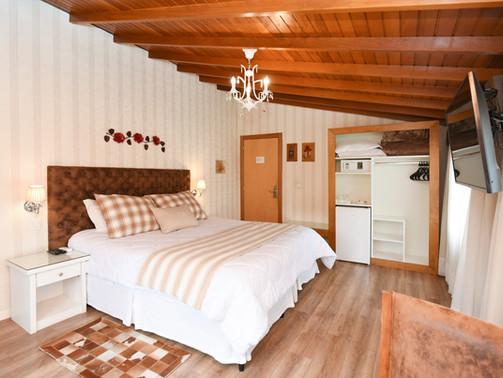 Apto Luxo Duplo - Hotel Cabanas Tio Muller - Gramado RS (10).jpg