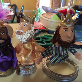 Three Kings- finger puppets