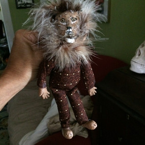 Lion clothespin puppet