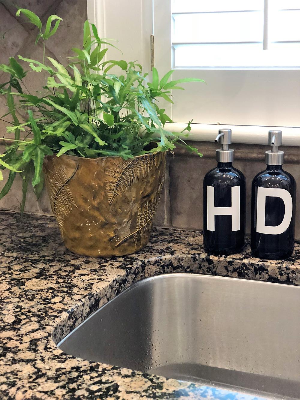 Kitchen Decorating Ideas on a budget add plants