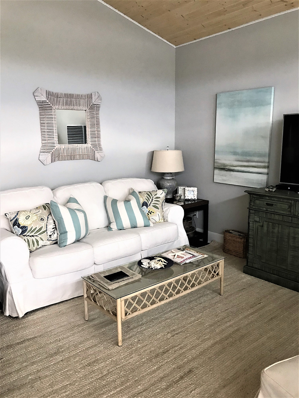 budget friendly beach living room reveal