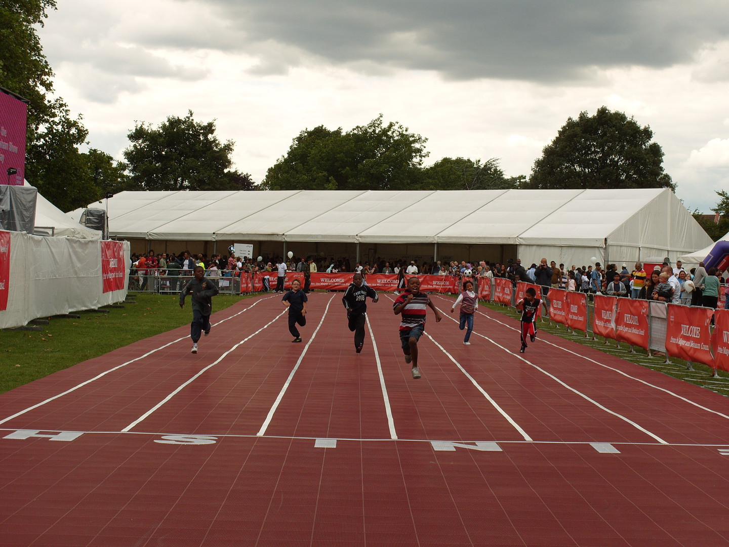 Children Race At the Newham Town Show in 2007