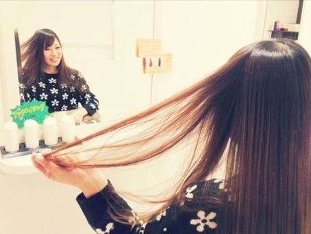 「AMI a BELLEなら縮毛矯正しながら髪質改善も叶います♪」
