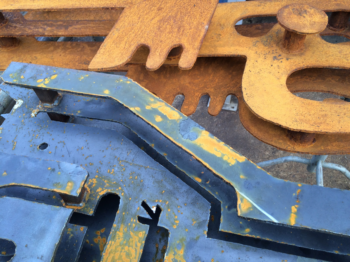 Detail of catching rust