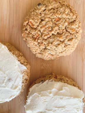 Carrot Cake Oatmeal Cookies
