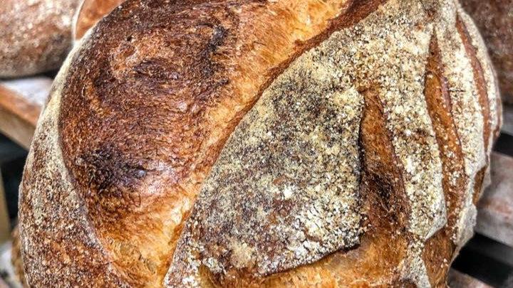 Félbarna kenyér 750gr