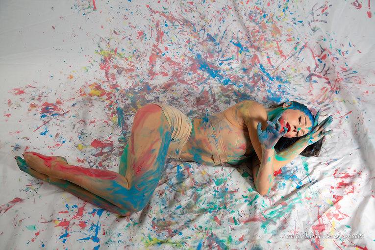 Eine Autonomie des Körpers (Farbe)- Lissy G
