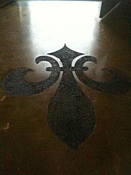 Polished Concrete with a 6' Fleur dis li