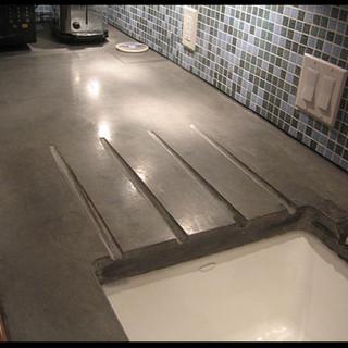 concrete countertop with drainboard