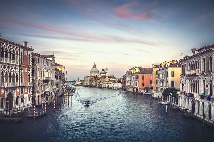 """Sunset of Venizia"""