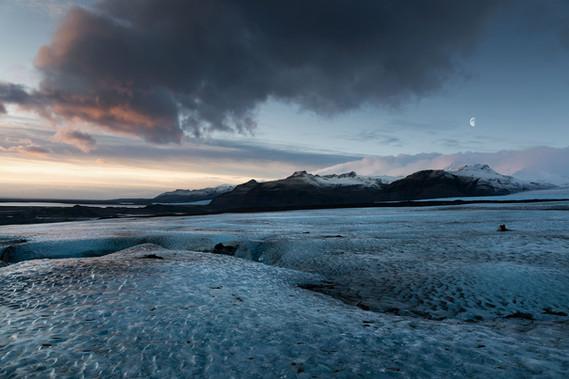 """Sunrise of ice"""