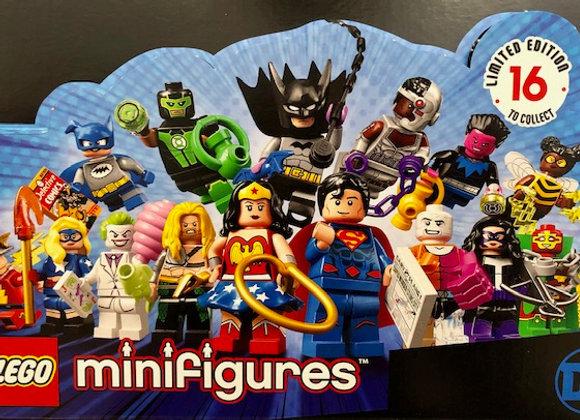 """1 """"Mystery"""" DC Comics Mini Figure"""