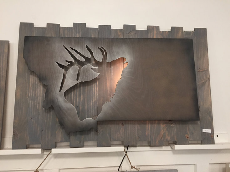 MONTANA ELK LIGHTED PALLET WALL DECOR DARK COLOR SCHEME