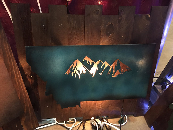 MONTANA MOUNTAINS LIGHTED-TEAL THEME