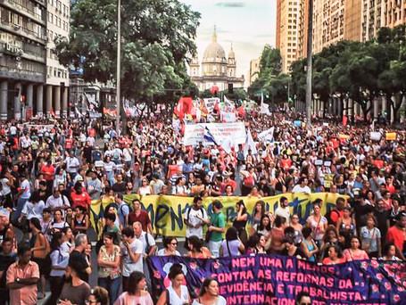 #15M   Milhares vão às ruas contra Reforma da Previdência por todo o Brasil