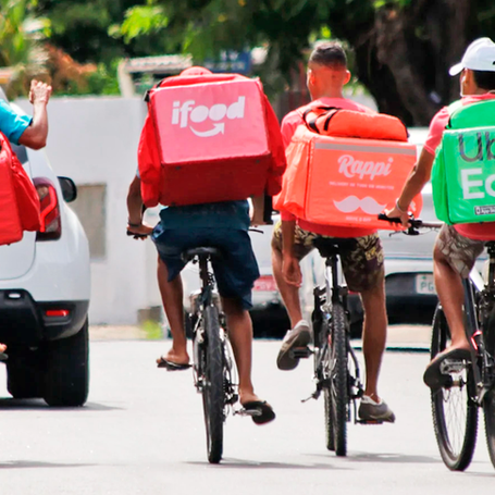 Projeto do PSOL garante equipamentos de proteção para entregadores de Niterói