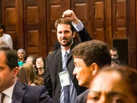 Contra o autoritarismo e a velha política, Serafini é pré-candidato a prefeito