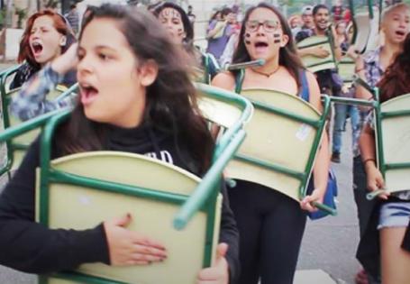 Acabou a paz, isto aqui vai virar o Chile! - Documentário sobre as escolas ocupadas em São Paulo