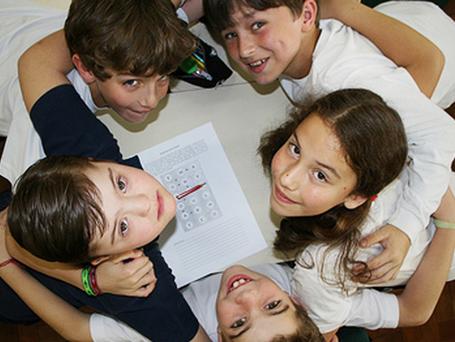 MEC ameaça voltar a excluir crianças com deficiência das escolas regulares