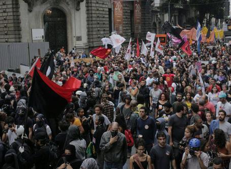 #28A | Greve Geral parou Niterói e mobilizou grande manifestação no Rio