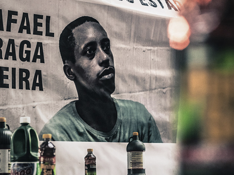 Soltem o Rafael Braga, racistas