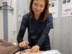角田による鍼治療