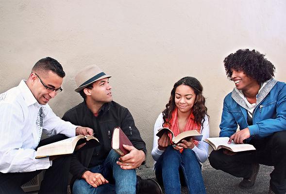 Bible-Study-Group-Church-Stock-Photos.jp