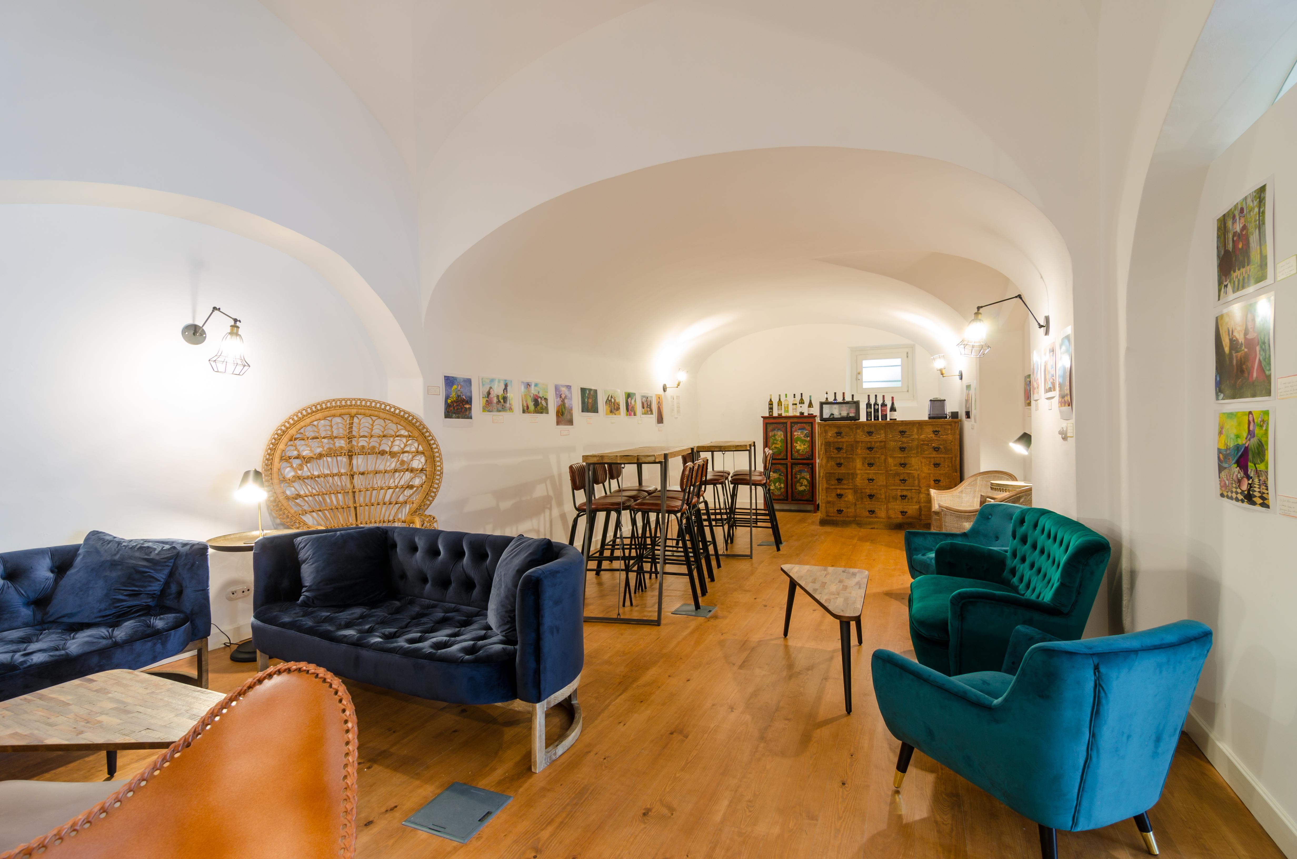 Bar Lounge-1