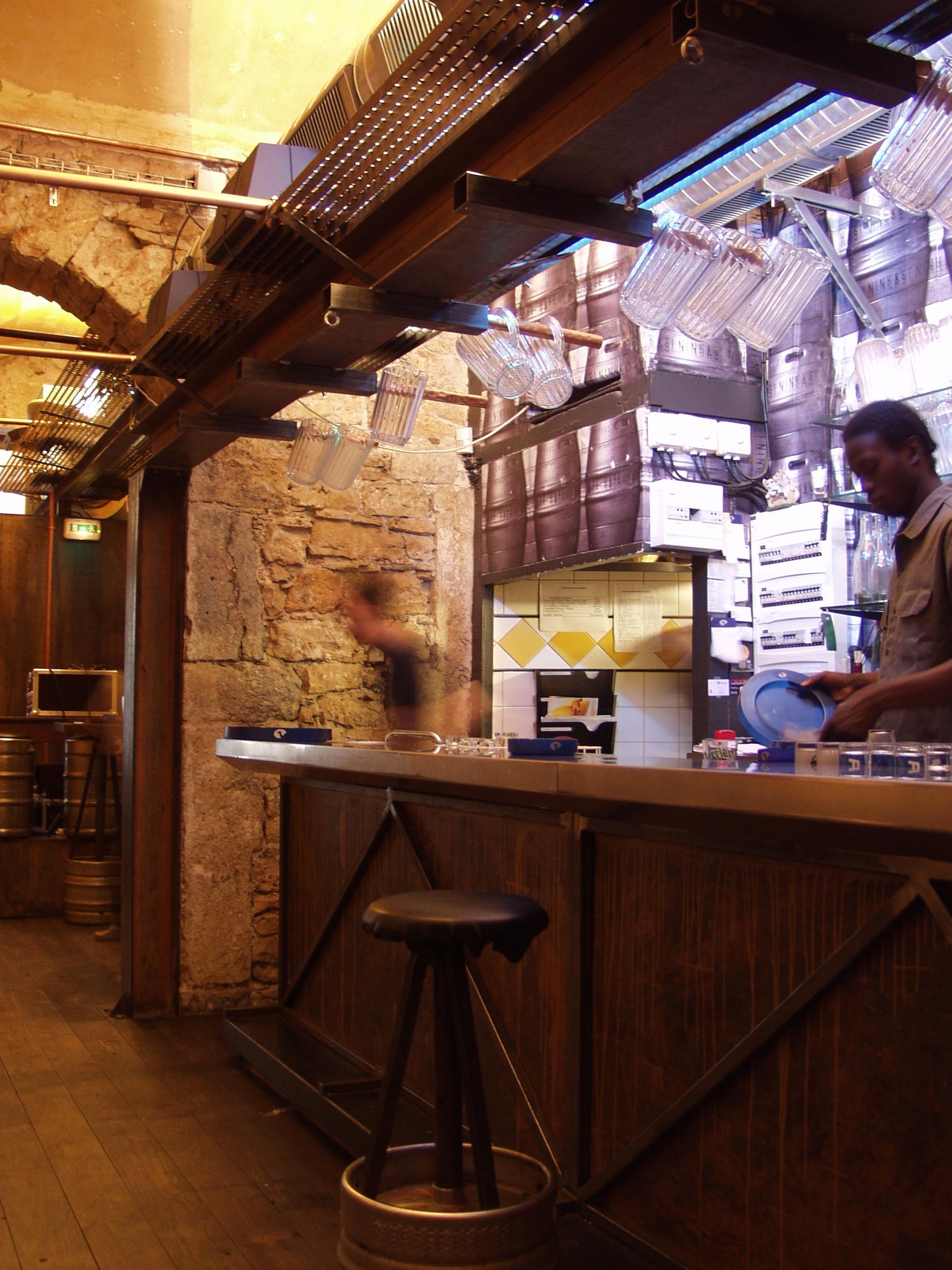 grand-bar-dco-004jpg