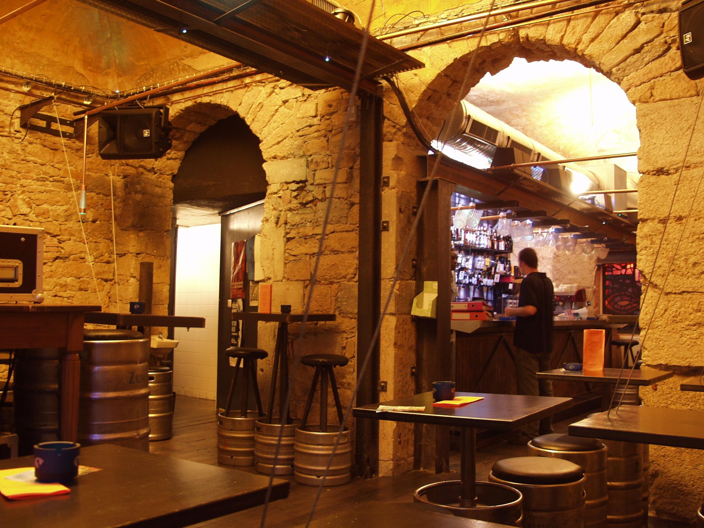 grand-bar-dco-002jpg