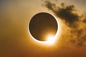 солнечное затмение полное.jpg