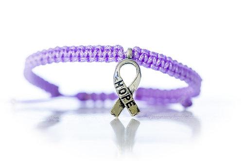 Bracelet noué à la main en lilas