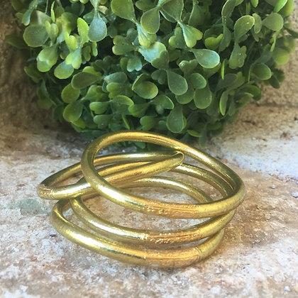 Bracelet bouddhiste couleur dorée claire VERSION LARGE