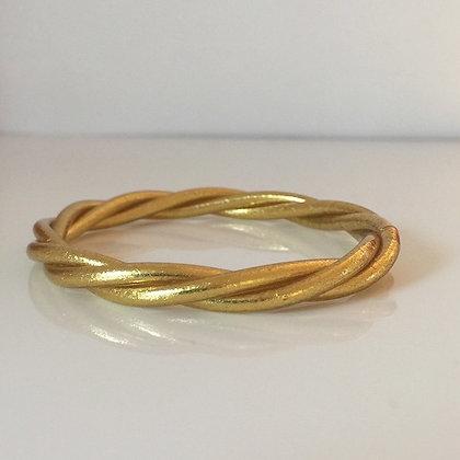 Bracelet bouddhiste couleur dorée VERSION TORSADEE