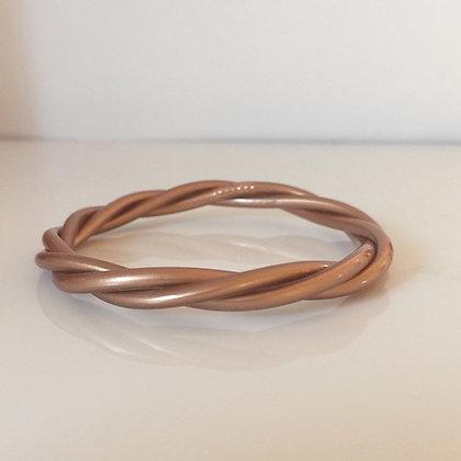 Bracelet bouddhiste couleur cuivre mat VERSION TORSADEE