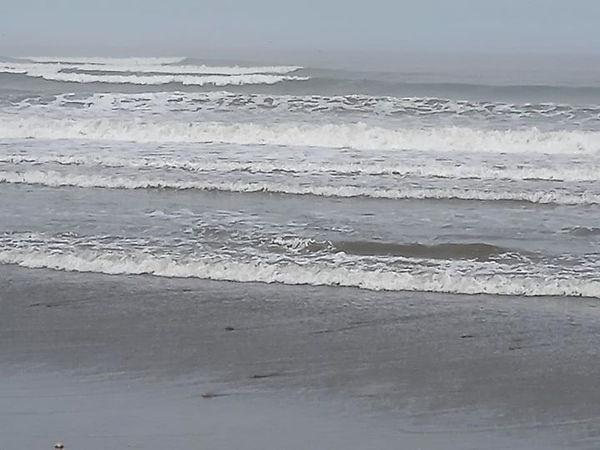 El Milagro 1 playa ola.jpg
