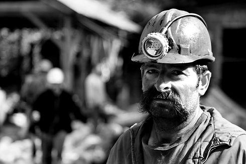 miner-1903636.jpg