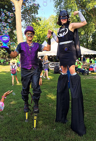 dan and kaylin stilting at detroit zoo r