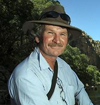 PADDY MCHUGH, L'HOMME DES COURSES DE CHAMEAUX AUSTRALIENS, THE AUSTRALIAN CAMEL RACING MAN.