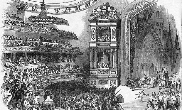 1280px-Théâtre_Historique_interior_view_