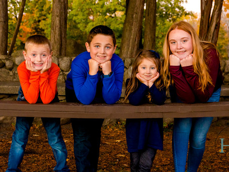 Klingbeil Family Session // Sir William Johnson Park, Johnstown, NY