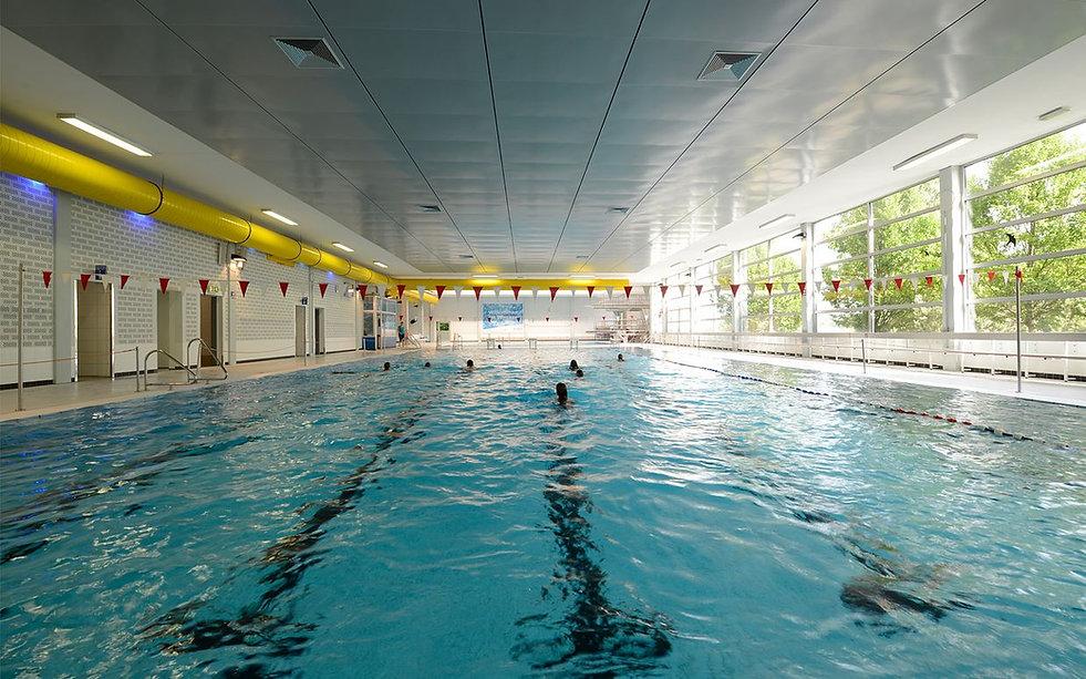 stadtbad - schwimmbecken.jpg
