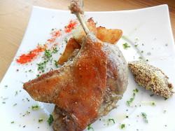 合鴨もも肉のコンフィ