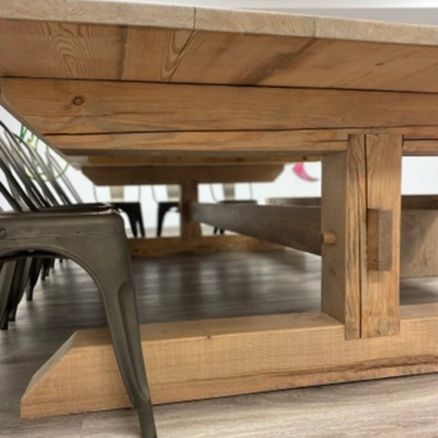 Custom Harvest Table Detail.jpg