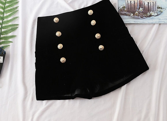 Elegant Look Black Shorts
