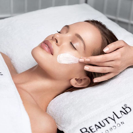 Beauty lab, BeautyLab london, facials, skincare, beauty lab facials, skincare, harrietsham, glycolic, peels, resurfacer, advanced skincare, aesthetics, tca peel, retinol, relaxing facials, relax , releax house beauty